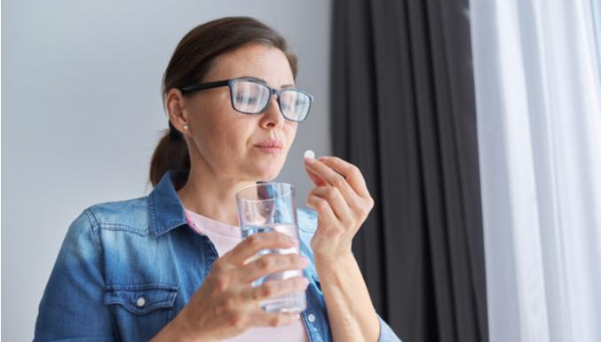 Antibióticos aumentam risco de câncer colorretal; como fugir do efeito?